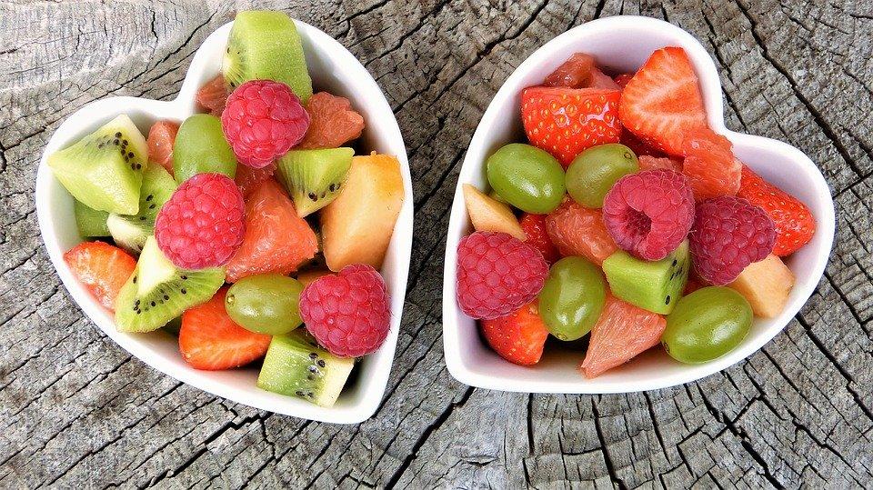 ovoce v misce